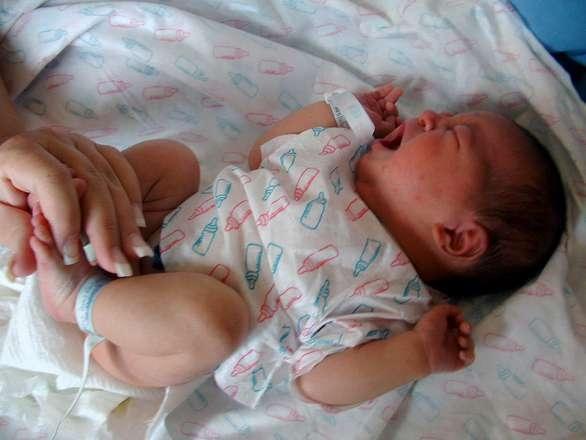 两岁宝宝穿多大鞋怎么给宝宝挑选舒适好鞋