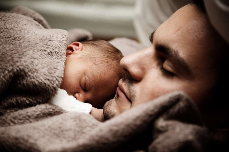 新生儿大便有鼻涕状粘液是为什么新生儿大便的异常情况